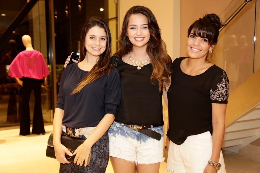 Polliana Borghi, Thaina Castro e Thayse Harb_2