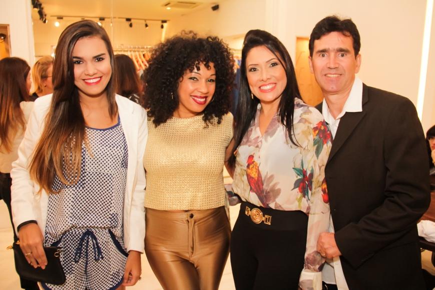Raquel Vesco, Silvana Araújo, Samira Vesco, Arlei Vesco